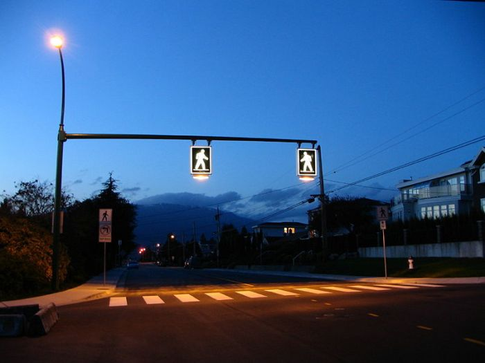 800px-Crosswalk_in_Burnaby_British_Columbia_Canada